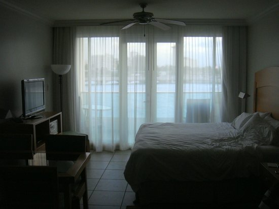 Caribe Hilton San Juan: villa balcony