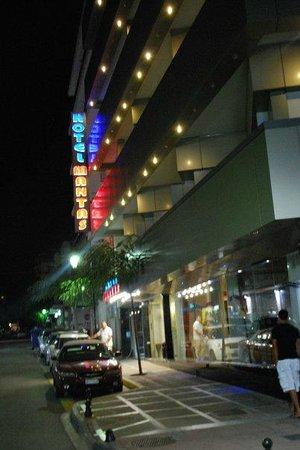 Mantas Hotel : hotel mantas