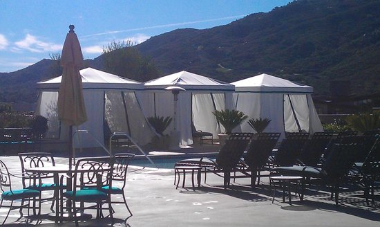 Pechanga Resort and Casino: Pool cabanas