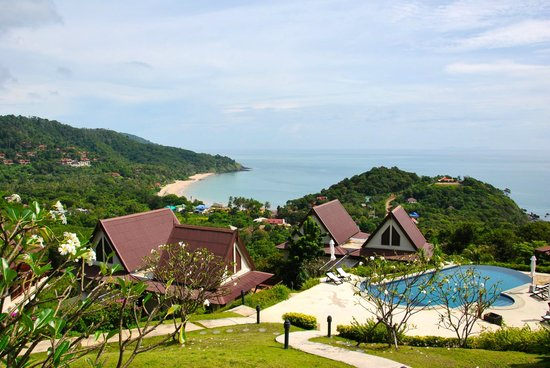 Baan KanTiang See Villa Resort (2 bedroom villas) : View from Green Villa