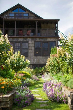 Back of the inn and gardens - Picture of High Hampton Resort ...