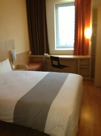 Ibis Kiev City Center: King room