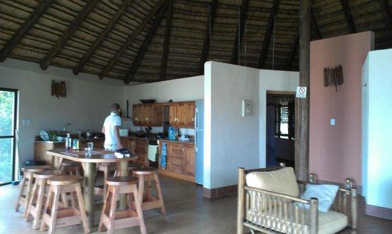 Lagoa Poelela Resort: Cucina