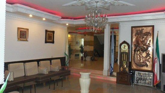 Totia Hotel : Swanky lobby