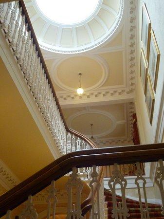 Hunters Quay Hotel : stair