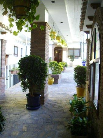 patio direzione piscina Hotel Las Rampas