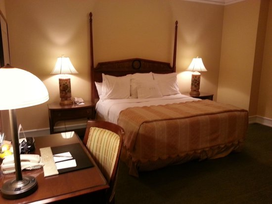 The Peabody Memphis: King Bed.