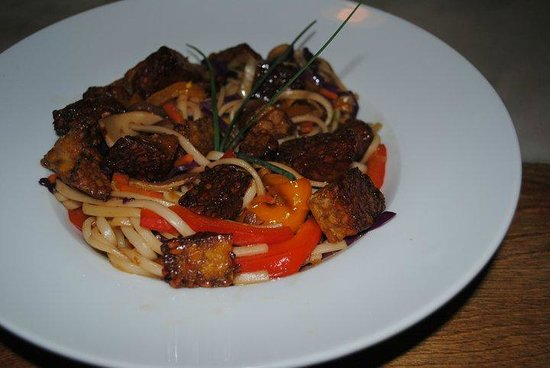 The Bee's Knees: Tempeh Stir Fry