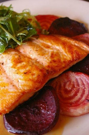 The Bee's Knees: Salmon dinner entree