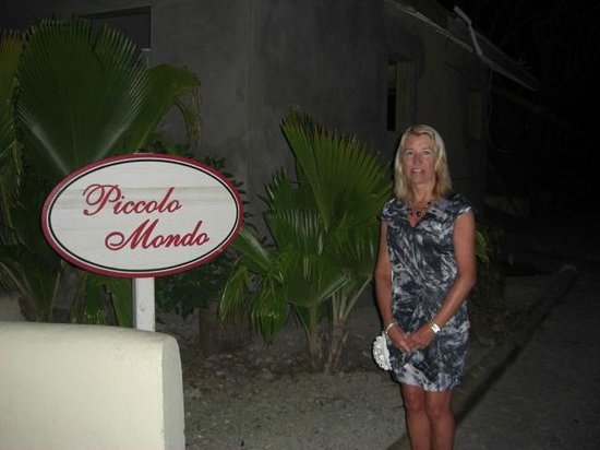 St. James's Club & Villas: Ready for dinner at Piccolo Mondo