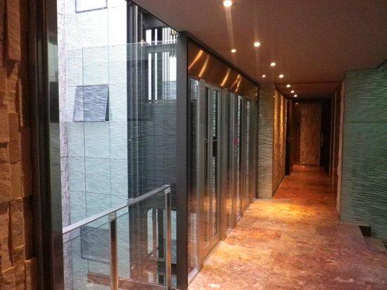 Suites Avenue : Ascenseur