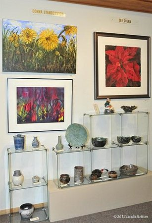 Northwind Arts Center: Showcase Gallery: Dee Green and Barbara Standerwick