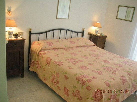 Casa Renato : Un letto matrimoniale.