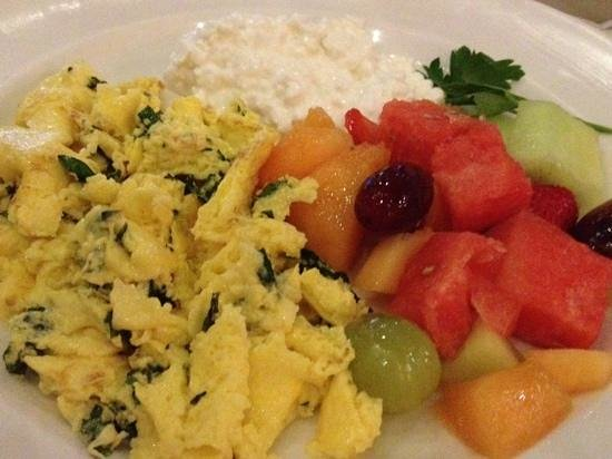 New York - New York Hotel and Casino: Healthy breakfast at Il Fornaio