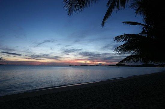 Maenam Resort: Sonnenaufgang