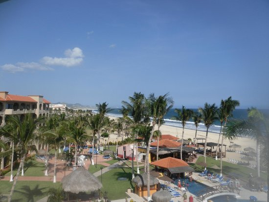Worldmark Coral Baja: Beach, Restaurant