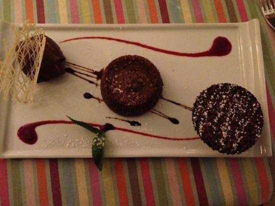 Cafe Veranda : dessert maison tout chocolat excellent