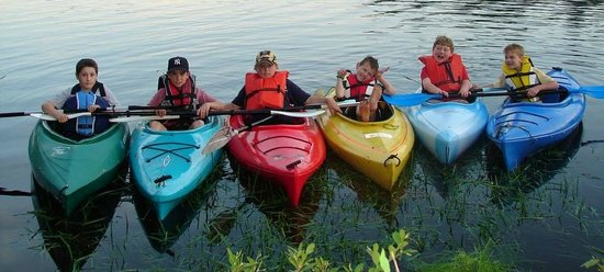 Great River Outfitters & The Path of Life Garden: Kayak Class