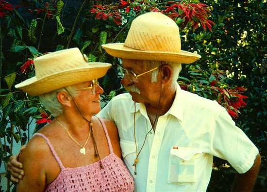 Secrets Cabins on Negril Beach: Robert & MaryLou were some of our earliest guests