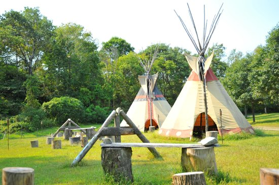 ‪‪Great River Outfitters & The Path of Life Garden‬: Tipis in 2012‬