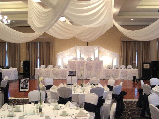 Holiday inn guelph wedding