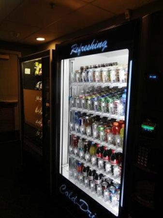 Club Quarters Hotel in San Francisco : The basement vending machines, everything a traveler may forget.