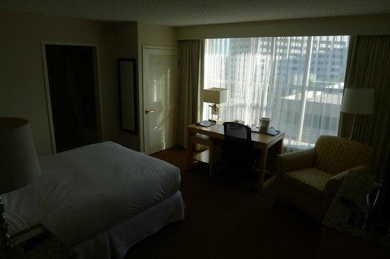 Hilton Los Angeles North / Glendale & Executive Meeting CTR: room