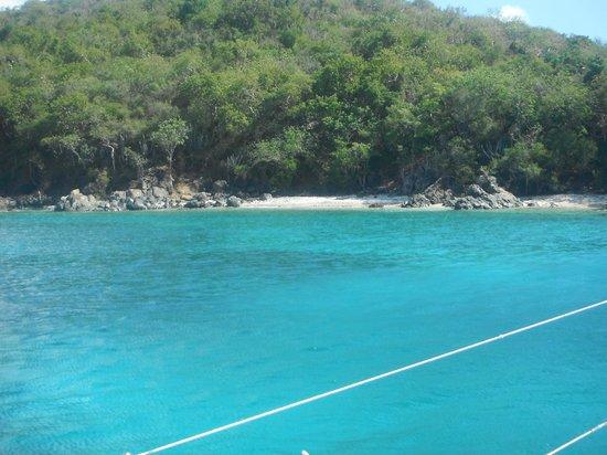 St. John Yacht Charters Survivan: Christmas Cove