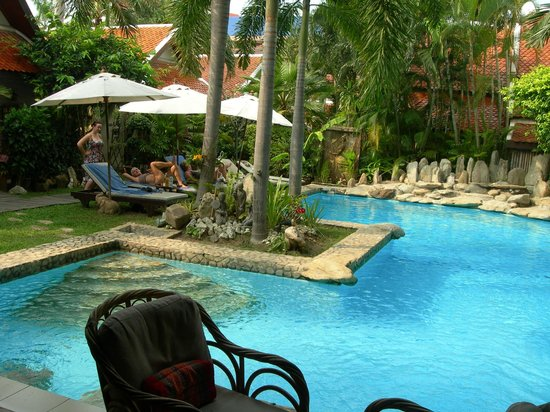 Le Prive Pattaya: the lovely swimming pool