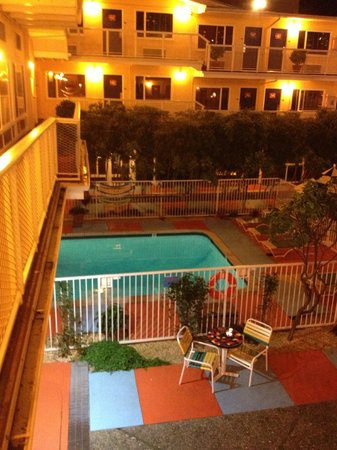 Hotel Del Sol, a Joie de Vivre hotel: View of the Pool and hotel