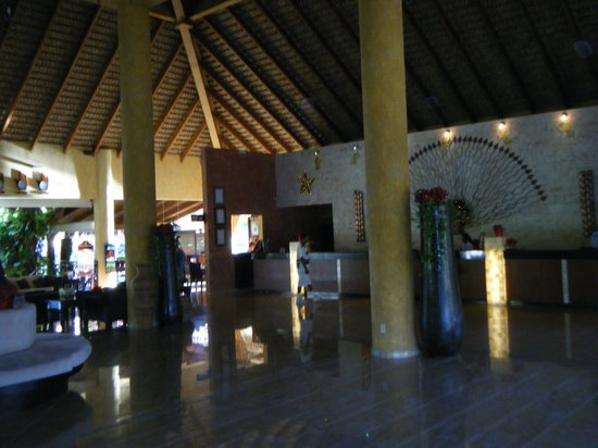 Punta Cana Princess All Suites Resort & Spa: Hall