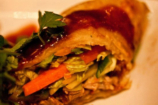 Champor-Champor: Shredded roast duck and hoisin sauce with flat roti (8/10)