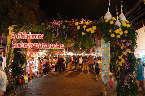 Stall at Sunday Walking Street - Picture of Sunday Night ...