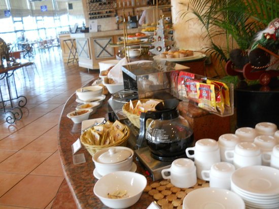 Days Hotel Iloilo : Buffet