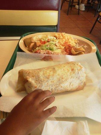 Aurora, IL: burrito