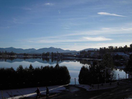 Mirror Lake Inn Resort & Spa: View of Mirror Lake from the Inn.