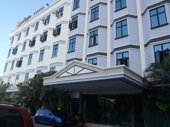 Regalodge Hotel Ipoh: Front Area