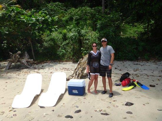 คาเมีย รีสอร์ท แอนด์ สปา: private beach picnic