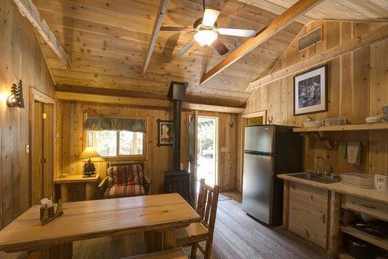 Pine Edge Cabins
