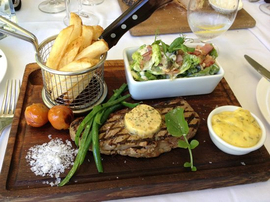 The Conservatory : Presentation of the steak