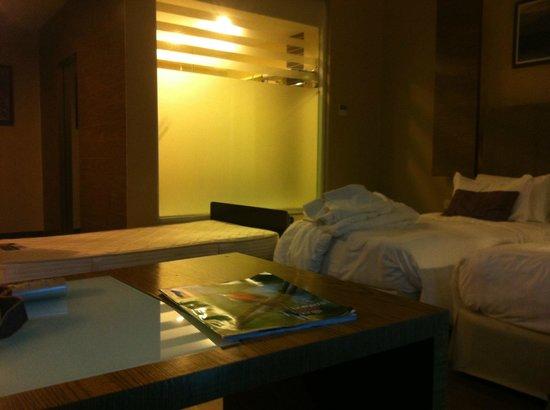 Grand Borneo Hotel: deluxe room