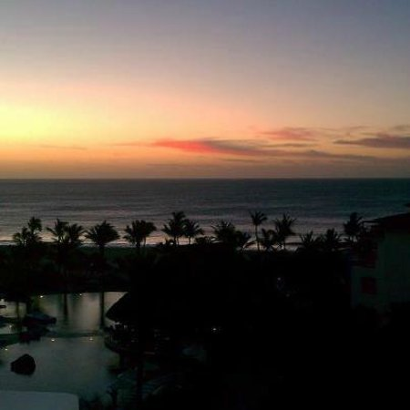 Cabo Azul Resort: Sunrise @ Cabo Azul