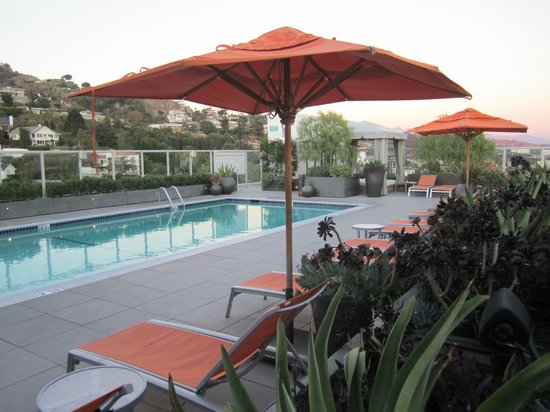 Andaz West Hollywood: Roof deck/pool