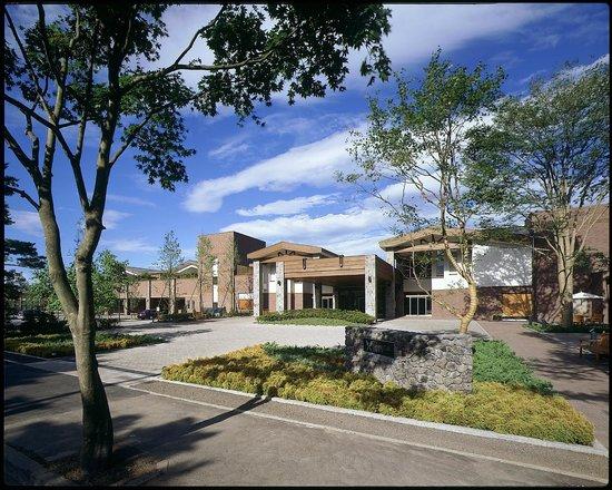 โรงแรม ฮาร์เวสท์ คิว คารุอิซาวา