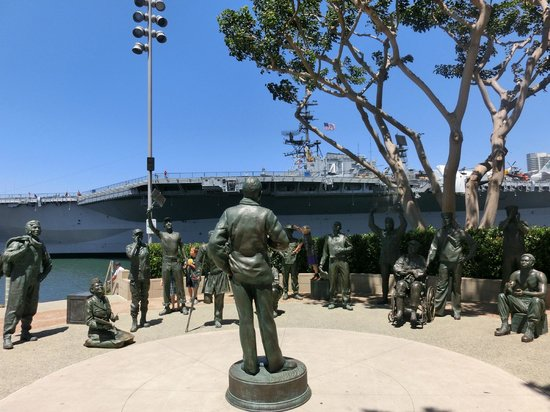 A National Salute to Bob Hope & the Military