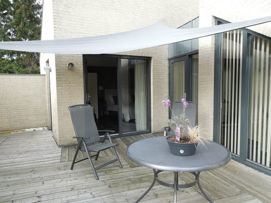 Villa-commandeur: Room terrace - Villa Commandeur - Mechelen - May 8 2012