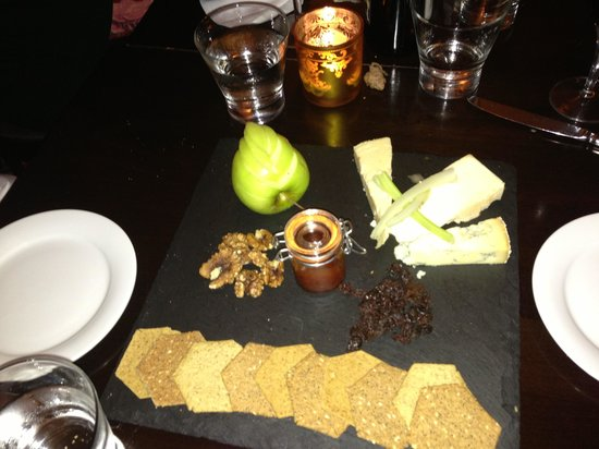 The Montpellier Brasserie : Nice Cheese Board