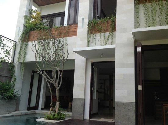 Artisane Villas and Spa: External villa