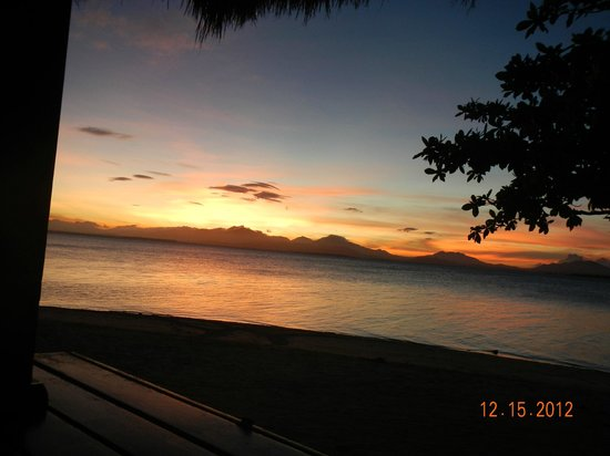 Dos Palmas Island Resort & Spa : Sunset