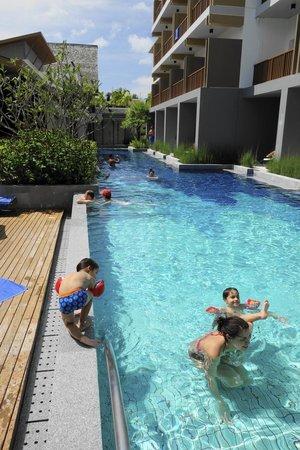 Deevana Plaza Krabi Aonang: En av tre stora pooler för vuxna